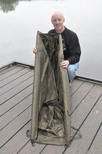 Landing, Weighing & Retaining Catfish